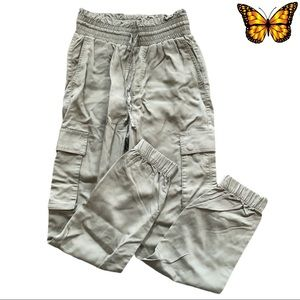 Abercrombie and Fitch Cargo Joggers Size XS